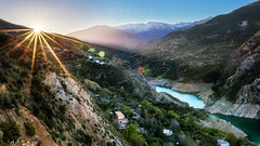 Sunrise in Sierra Nevada (Sascha Holznagel) Tags: sunrise salidadelsol goldenhour fluss landscape landschaft sierranevada sigmaart35mmf14 andalusien berge mountains canon nebel granada lights hdr goldenestunde paisaje parquenatural nationalpark naturpark montañas technik sonnenaufgang river rio spanien canoneos6d blending güejarsierra españa spain sonnenstern lensflares sigma nature sun yellow green light sunstar orange sunlight natur naturaleza rural