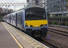 321323 2K37 Southend Victoria to Liverpool Street (hetsc68) Tags: 2017 may 27052017 london england stratford railways trains aga abelliogreateranglia class321 321323