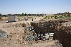 Construction of the greywater treatment system (Jiyan Foundation) Tags: jiyan foundation humanrights chamchamal iraq irak garden therapy psychotherapy rehabilitation borda sewage water recycling wasseraufbereitung healinggarden kurdistan
