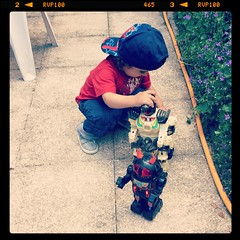 Old School Toys (rauldasilva1) Tags: family famille robots brinquedos jouets toys