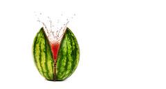 Melon splash (Lorraine1234) Tags: melon photoediting water splash