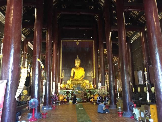 チェンマイ市内寺院半日ツアー(チェンマイ発のオプショナルツアー)