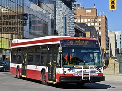 Toronto Transit Commission 8642 (YT | transport photography) Tags: ttc toronto transit commission nova bus lfs