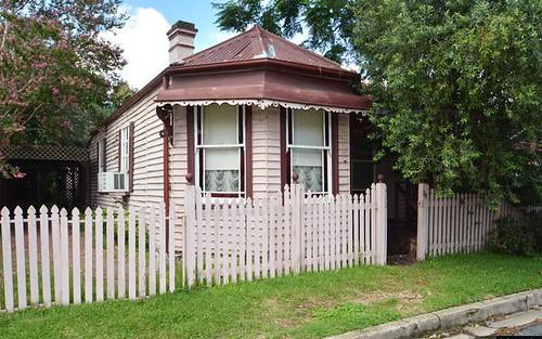 25 Ballard St, Maitland NSW 2320