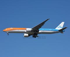 PH-BVA (MAB757200) Tags: klm b777306er phbva orangepride royaldutchairlines theflyingdutchman newyork kennedy jfk kjfk jetliner aircraft airplane airlines boeing 2016olympicgames