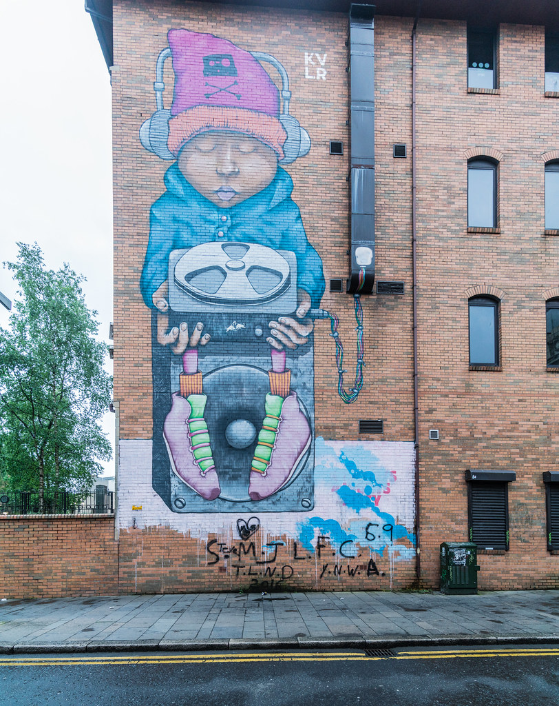 STREET ART AND GRAFFITI IN BELFAST [ANYTHING BUT THE FAMOUS MURALS]-129181