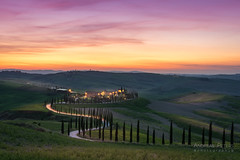 DSC00345-HDR_s (AndiP66) Tags: agriturismobaccoleno agriturismo baccoleno zypressen cypresses zypressenstrasse cypressstreet sonnenuntergang sunset nebel dunst fog mist sonne sun evening abend april spring 2017 siena pienza sanquiricodorcia valledorcia valle dorcia toscana tuscany italien italy sony sonyalpha 7markii 7ii 7m2 a7ii alpha ilce7m2 sigma sigma24105mmf4dghsmart sigma24105mm 24105mm art amount laea3 andreaspeters