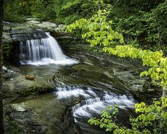 falls above upper falls (TAC.Photography) Tags: waterfalls hockinghills oldmanscave tomclarkphotographycom tomclark tacphotography rushingwater