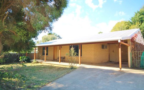 36 Taylor Rd, Young NSW 2594