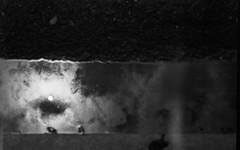 PlaubelMakinaII-447-AgfaApx25-Tanol-STD-1H-2 (2) (photo:::makina) Tags: exportrollei sun reflection water road plaubel makina ii anticomar 100 f29