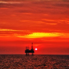 Sunset (davidstyles1) Tags: sunset offshore offshoreoilandgas oilandgas offshoredrilling drilling