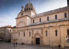 Sibenik (G Dubuc) Tags: croatie mer barques églises ruines