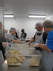 OG+E 6/9/17 (regionalfoodbank) Tags: regionalfoodbankofoklahoma regionalfoodbank rfbo fightinghungerfeedinghope hopes kitchen volunteer