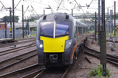 180105 at Doncaster (stephen.lewins (1,000 000 UP !)) Tags: railways grandcentral ecml class180 180105