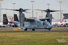 US Marines V-22 Osprey 07 YSSY-8423 (A u s s i e P o m m) Tags: v22 osprey v22osprey usmarines sydneyairport syd yssy mascot newsouthwales australia au