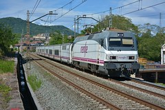 252 (firedmanager) Tags: renfe renfeoperadora railtransport tren train trena 252 siemens locomotora locomotive trenhotel talgo surexpreso cp ferrocarril