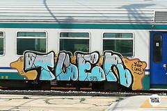 http://stolenstuff.it  Tuen (stolenstuff) Tags: stolenstuff graffitiblog check4stolen graffiti running graffititrain tuen diretto