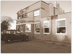 IMG_5018 (Bunty Plumchip) Tags: vintagecar triumphsuper9 barmston lissett eastyorkshire blackbull