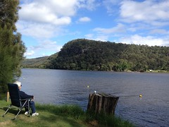 enjoying the view with a cuppa on a stump.. (spelio) Tags: wisemans ferry camp nse travel easter 2017 444 explore relax senior moment 3201views290517 folding chair