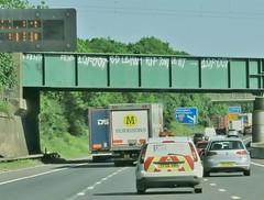 10 Foot (JOHN19701970) Tags: 10foot graffiti graff aerosol spray paint bridge m1 motorway may 2017