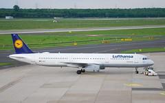D-AIST A321 Lufthansa (corrydave) Tags: 4005 a321 lufthansa dusseldorf daist