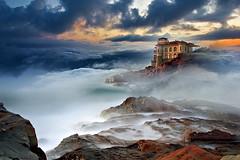 Libeccio al Boccale (Zz manipulation) Tags: art ambrosioni sea mare sera nebbia libeccio castello livorno swcogli nubi cielo marina
