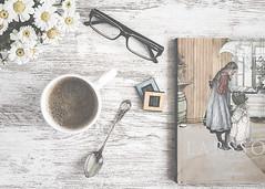 52 Still Lifes - Libros - Desayuno con Carl Larsson - Breakfast with Carl Larsson (MaríaJCM) Tags: chocolate flores luzlateral cafe desayuno gafas libro margaritas merienda planocenital stilllife flowers coffee books breakfast sunday