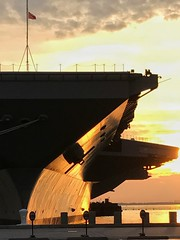 BIG / sunset (MC.202) Tags: carrier norfolk navy virginia bow ship sunset port aircraftcarrier