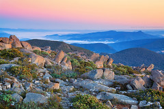 The Rocky Summit || MOUNT WELLINGTON || TASMANIA (rhyspope) Tags: australia aussie tas tassie tasmania hobart mt mount mountain wellington view vista rocks nature canon 5d mkii rhys pope rhyspope sunrise sunset fog mist valley sky