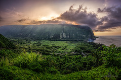 Waipi'o Valley (Traylor Photography) Tags: hike country maui sunset hawaii northkohala farms waimea green waipiovalley bigisland coastline beach honokaa unitedstates us