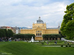 Art pavillion back side, King Tomislav square