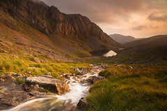 Clogwyn Du'r Arddu on a beautiful July evening (Nick Livesey Mountain Images) Tags: