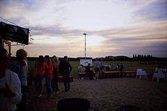 (Babette VM) Tags: vliegveld grimbergen tvliegveld airport airplane afterwork dance drinks drink friends woman party men women man sunset glasses fiesta feet feest white sand beach bar color colour canon photography amateur sun sky special foodtruck partypeople
