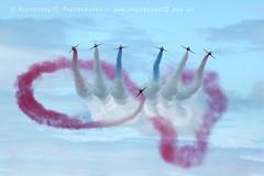 0138 Infinity (photozone72) Tags: raf redarrows reds redwhiteblue infinitybreak rafat aviation airshows aircraft airshow canon canon100400mmf4556l canon7dmk2 7dmk2 torbay torbayairshow paignton devon southdevon