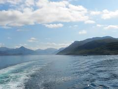 Knoydart Peninsula, West Coast of Scotland, May 2017 (allanmaciver) Tags: knoydart peninsula mountains water sea wake travel clouds hazy west coast scotland allanmaciver