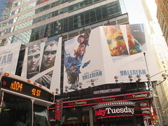 Valerian and the City of a Thousand Planets Billboard Poster 7236 (Brechtbug) Tags: valerian city thousand planets billboard poster times square nyc 2017 french science fiction comics series from 1967 valérian laureline written by pierre christin illustrated jeanclaude mézières film movie directed luc besson new york 06182017