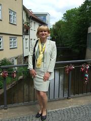 Lange Brücke (Marie-Christine.TV) Tags: feminine transvestite lady mariechristine skirtsuit secretary kostüm sekretärin pumps elegant tgirl tgurl