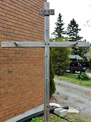 Empty cross, with INRI on it (Will S.) Tags: mypics cobourg ontario canada stpaulslutheranchurch lutheranchurchcanada lutheran church churches lutheranism protestant protestantism christian christianity cross inri