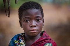 Burkina Faso: enfant de l'ethnie Sénoufo. (claude gourlay) Tags: burkinafaso afrique africa claudegourlay retrato ritratti