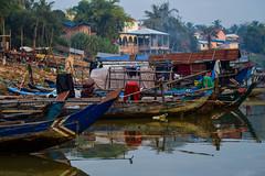 (ÀÍ - 愛 - I) Tags: camboja cambodia battambang collor