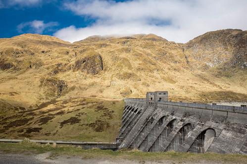 Lochan Na Lairige Dam
