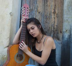 Melancolía (javipaper) Tags: girl melancolía guitarra música sentimiento feeling
