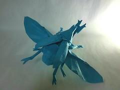 Flying kabutomushi-Shuki Kato (Kiên Bá) Tags: origami kato shuki kabutomushi flying samurai helmet beetle