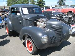 Four door into two door (Hugo-90) Tags: 1939 plymouth shorty car auto vehicle automobile drag racer street rod monroe washington swap meet flea market
