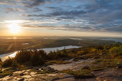 Acadia National Park - Cadillac Mountain Sunset 11 (raelala) Tags: justmainethings2017 acadianationalpark barharbor cadillacmountain canon1755mm canon7d canoneos7d findyourpark goexplore goldenhour maine memorialdayweekend memorialdayweekend2017 mountdesertisland mtdesertisland nationalpark newengland photographybyrachelgreene roadtrip scenicoverlook sunset thatlalagirl thatlalagirlphotography thatlalagirlcom travel usnationalparks