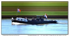 Pergo (Morthole) Tags: vianen sleepbootdagen slitscan ship boat schip boot barge binnenvaart schiff rheinschiff pergo sleepboot tugboat tug schlepper remorqueur