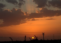 Tramonto - Marsala (dona(bluesea)) Tags: sky sunset marsala sicilia sicily italia italy nuvole clouds sole sun