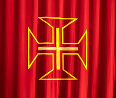 The order of the Christ (Lanceflot) Tags: belem lisbon portugal europe south medieval history conquest order christ cross red yellow coat arms colorful