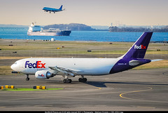 """BOS.2008 # FX - A300F N690FE """"Emma"""" awp (CHR / AeroWorldpictures Team) Tags: federal express fedex airbus a300f4605r cn 876 engines ge cf680c2a5f n690fe fleet number 690 named emma history aircraft first flight reg fwwar built site toulouse tls france delivered fe fdx config cargo planes aircrafts planespotting a300 a300600 ab6 nikon d80 zoomlenses nikkor 70300vr raw lightroom awp 2008 boston bos kbos ma usa boat jetblue erj190 b6"""