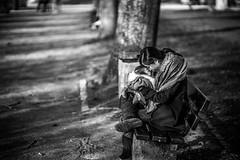 Mothers love (AlphaAndi) Tags: mono monochrome urban city trier tiefenschärfe dof portrait sony fullfraime vollformat streets streetshots people personen leute menschen menschenbilder rheinlandpfalz deutschland de